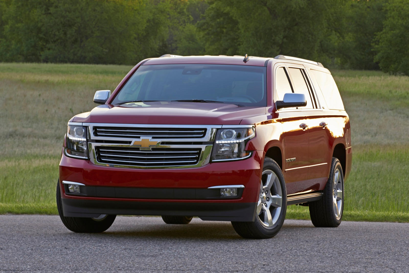 2019 Chevrolet Suburban Review, Trims, Specs And Price   Carbuzz 2021 Chevy Suburban Towing Capacity, Accessories, Awd