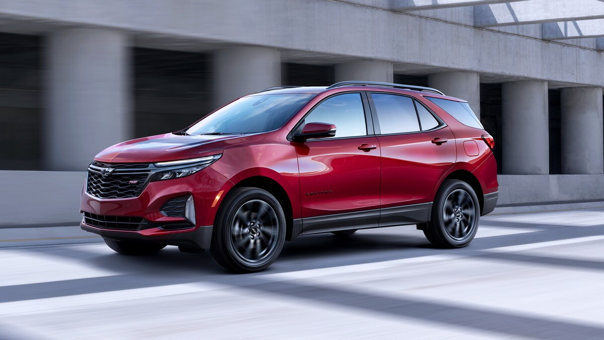 2021 Chevrolet Equinox First Look | Kelley Blue Book 2021 Chevy Equinox Premier Price, Reviews, Used
