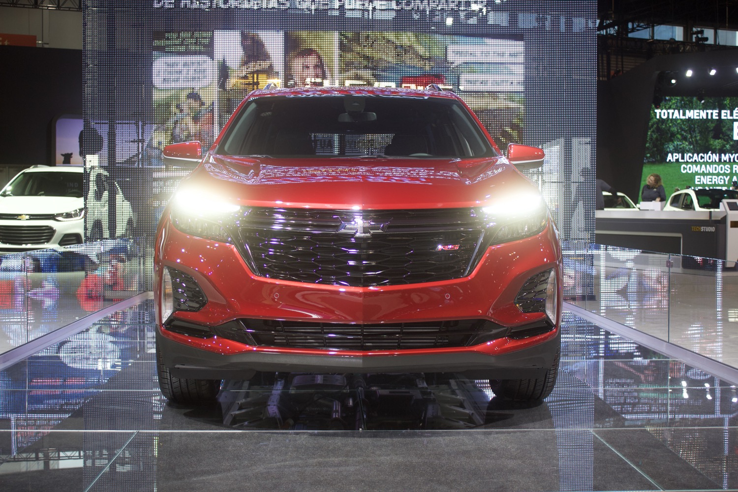 2021 Chevrolet Equinox Rs: Live Photo Gallery | Gm Authority 2021 Chevrolet Equinox Lt Towing Capacity, 6 Cylinder, Seat Covers