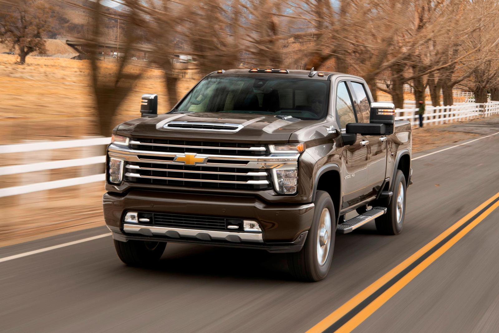 2021 Chevrolet Silverado Hd Coming With Improved Tech | Carbuzz 2021 Chevy Silverado 2500 Engine Options, Features, Grill