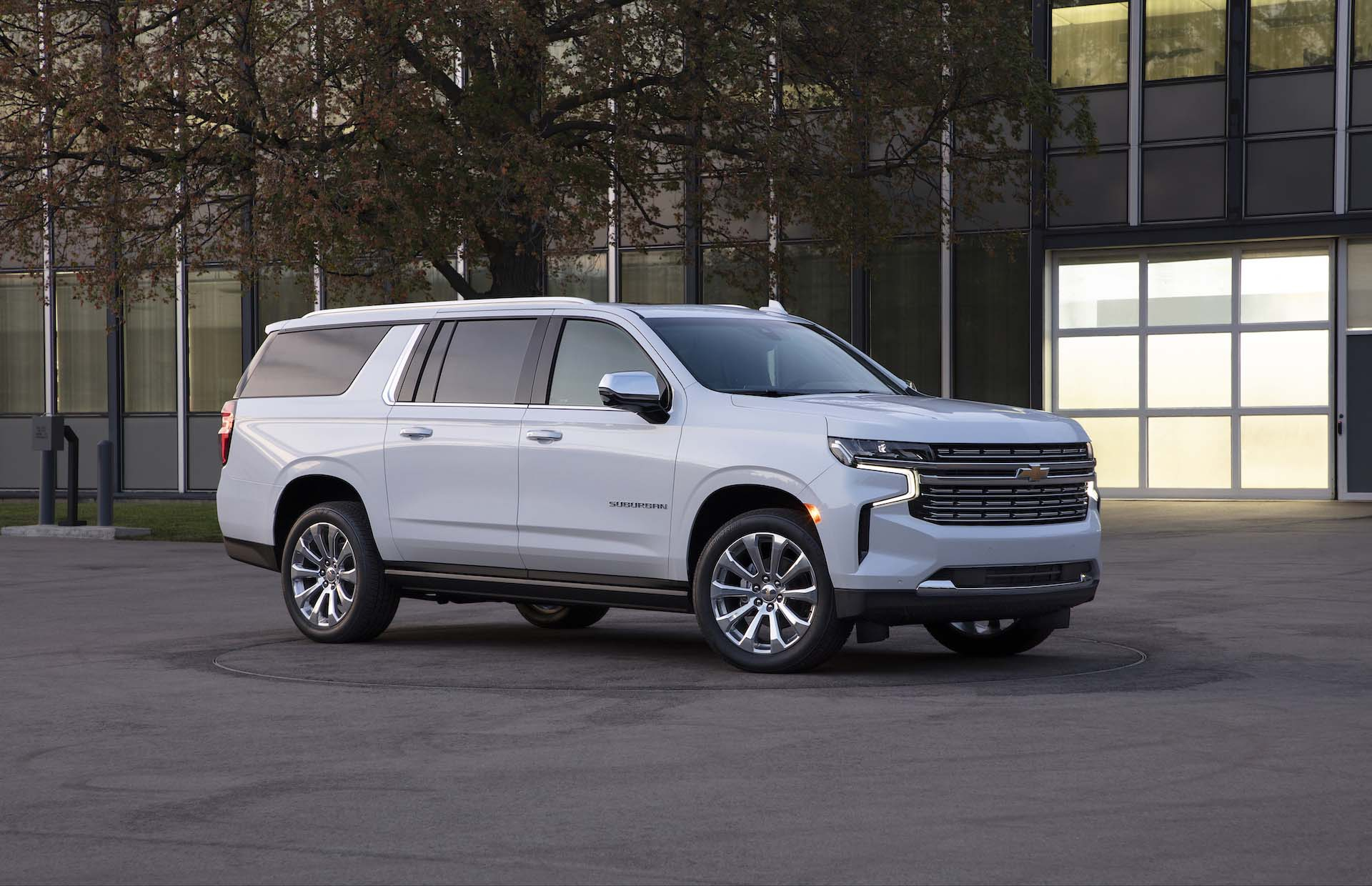 2021 Chevrolet Suburban (Chevy) Review, Ratings, Specs What Does A 2021 Chevy Suburban Cost