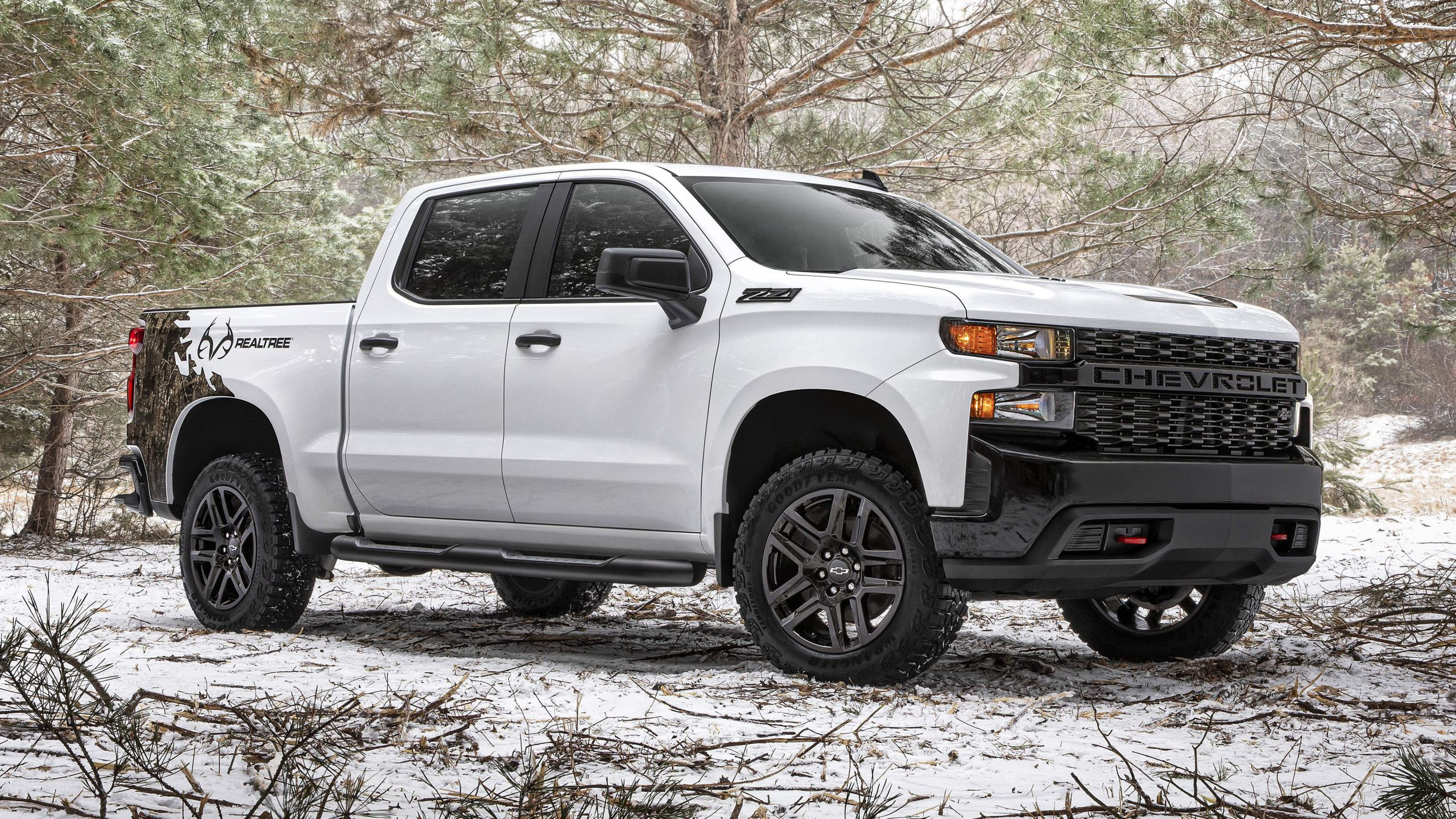 2021 Chevy Silverado Realtree Edition Photo Gallery | Autoblog Cost Of A 2021 Chevy Silverado Incentives, Inside, Images