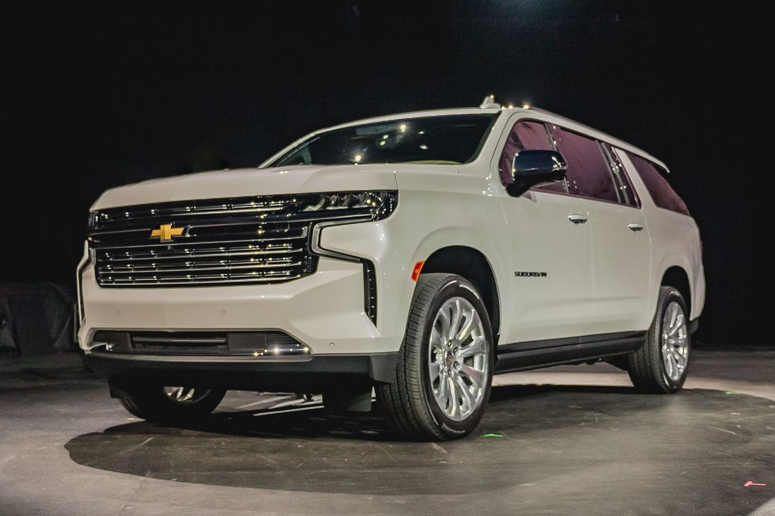 2021 Chevy Suburban Debuts With Optional Diesel Power - Roadshow What Does A 2021 Chevy Suburban Cost