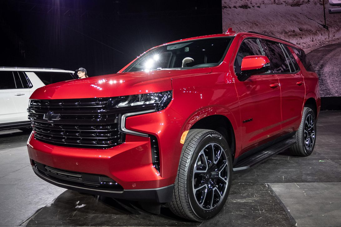 2021 Chevy Tahoe Is Richer And More Refined - Roadshow 2021 Chevrolet Tahoe Premier Towing Capacity, Build, Inside