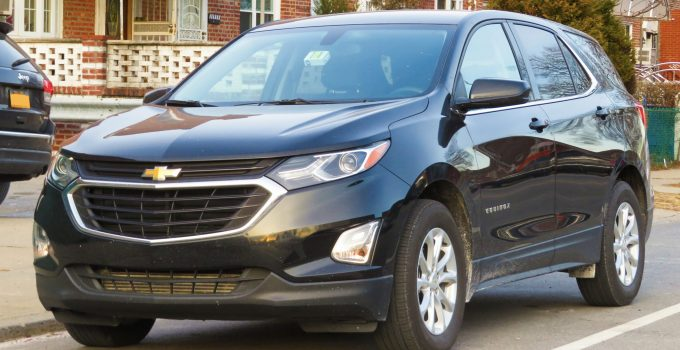 2021 Chevrolet Equinox Base Model, Curb Weight, Cargo Space