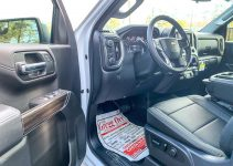 2021 Chevrolet Silverado 3500Hd Owners Manual, Problems, Seat Covers