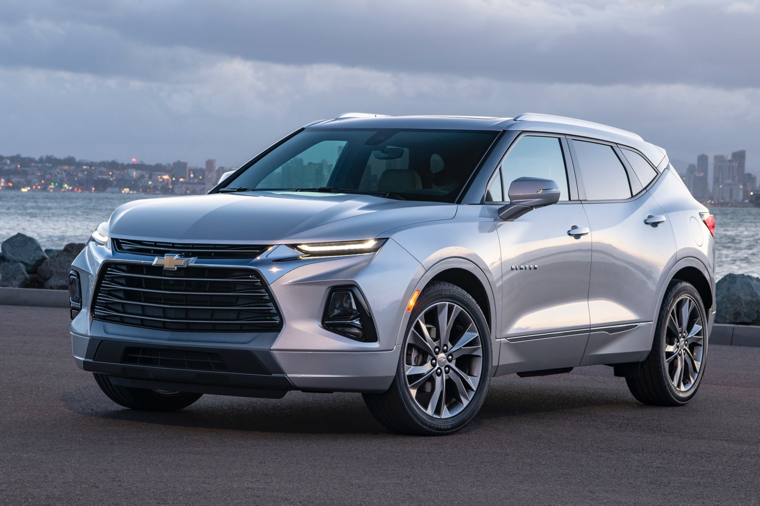 New Spy Pictures Show 2020 Chevy Equinox Refresh   Gm Authority Does 2021 Chevy Equinox Have 3Rd Row Seating