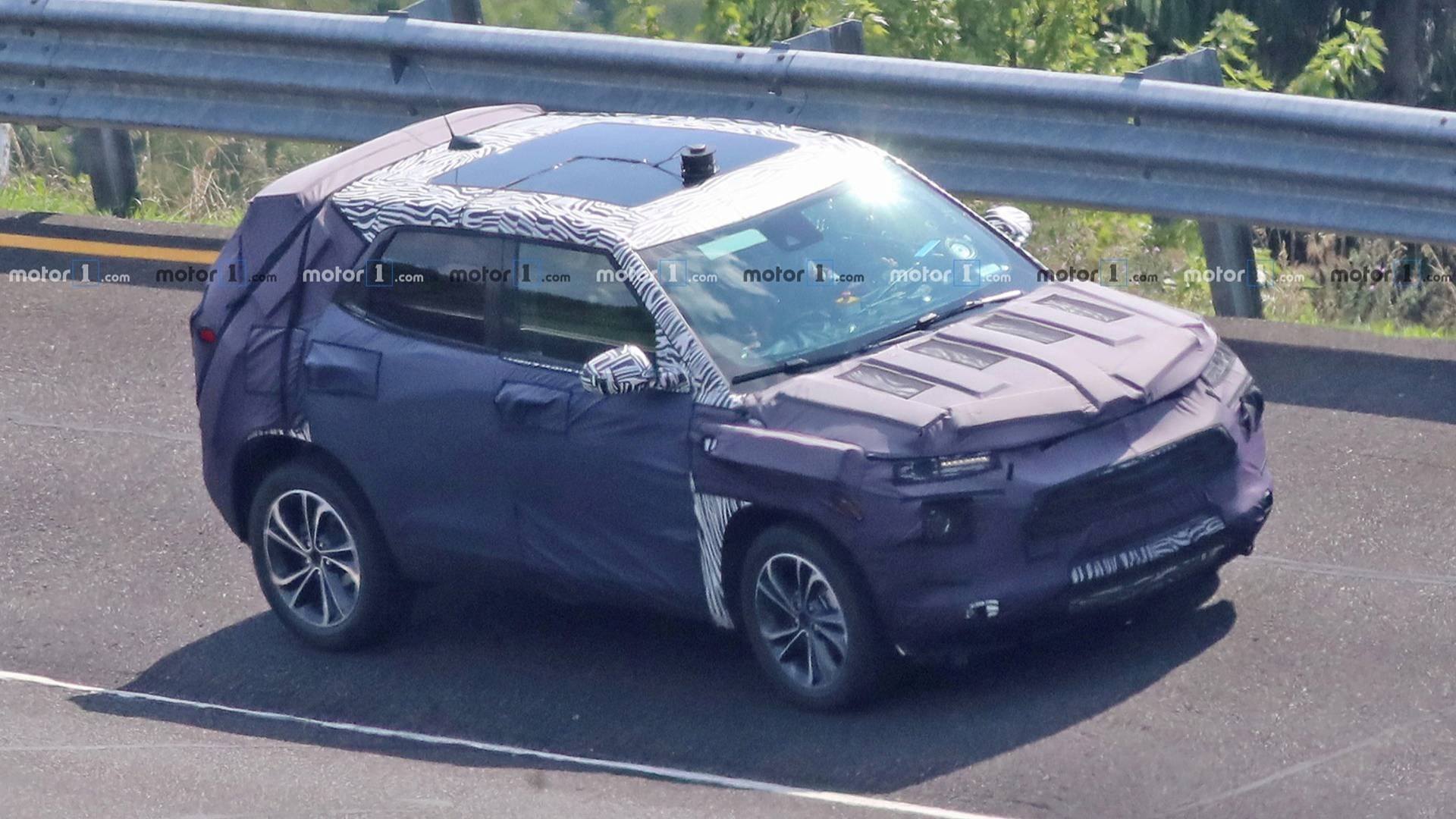 Redesigned 2020 Chevrolet Trax Suv Spied For The First Time Show Me A 2021 Chevy Trax