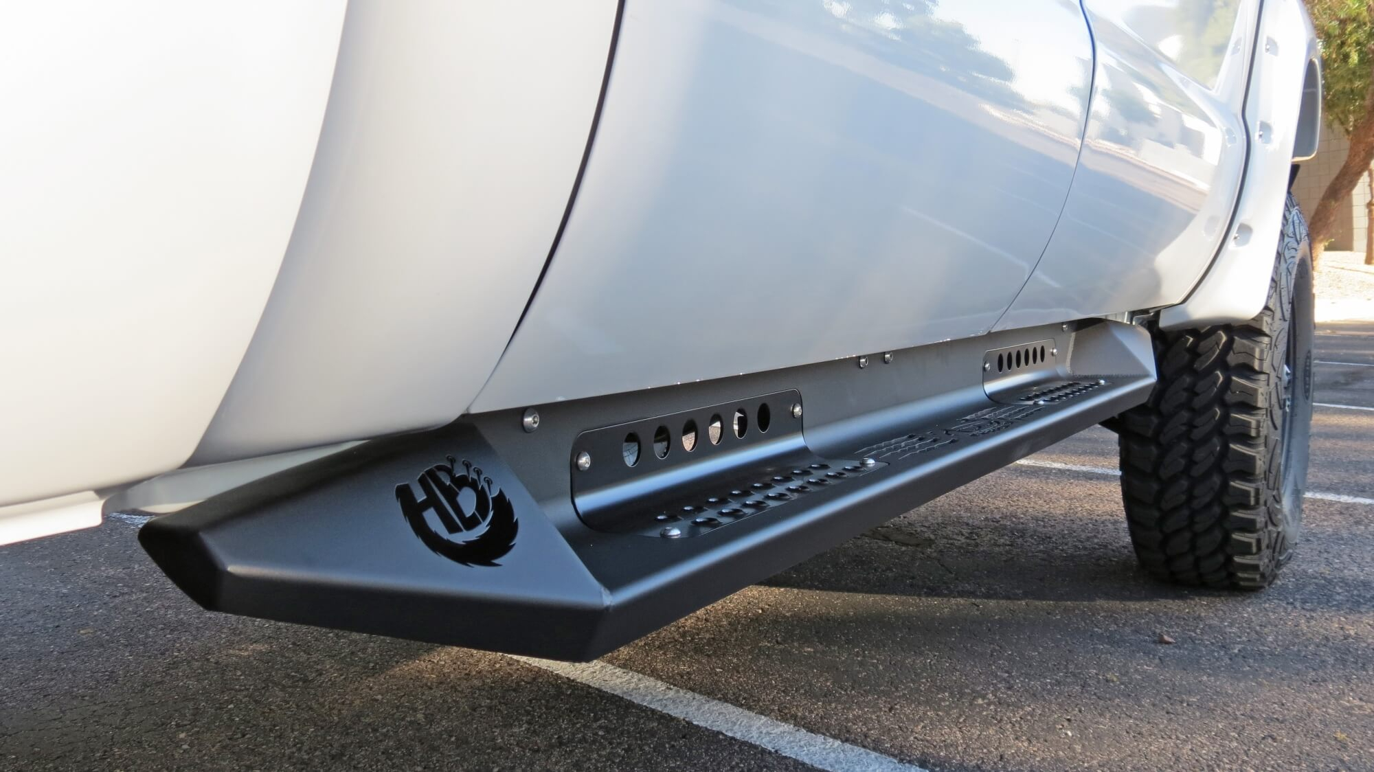 1999 - 2016 Ford F250/f350 Honeybadger Side Steps (Crew Cab) Running Boards For 2022 Chevy Colorado Crew Cab
