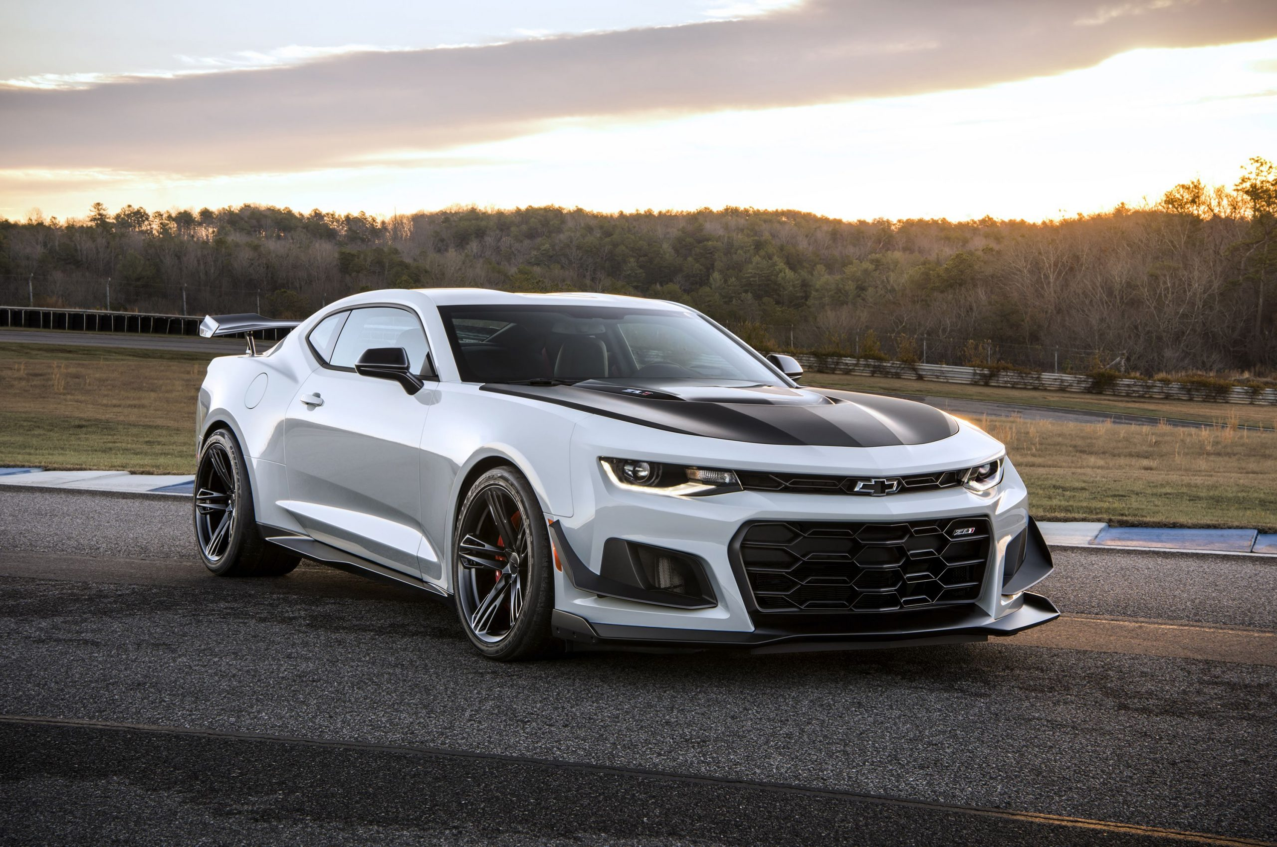 2019 Chevrolet Camaro Zl1 Review, Pricing, And Specs 2022 Chevy Camaro Review, Rims, Recalls