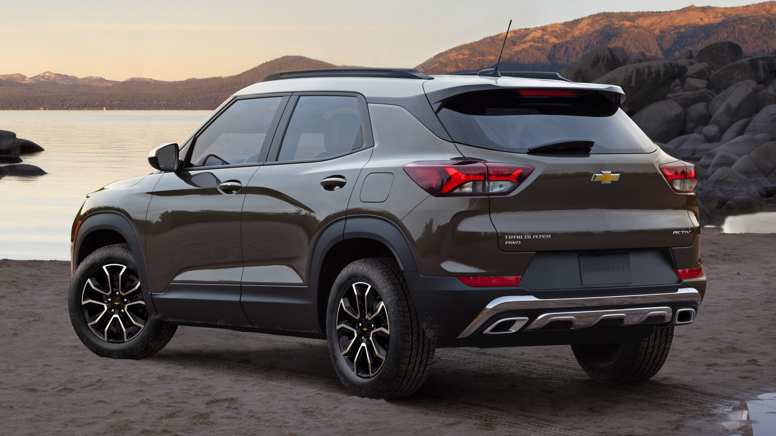 2021 Chevrolet Trailblazer First Look | Kelley Blue Book 2022 Chevrolet Blazer Order Guide, Offers, Price