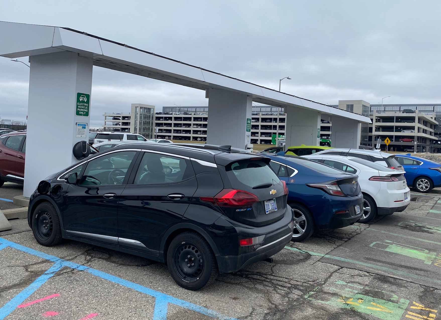 Breaking! Gm To Add 3,500 New Ev Charging Plugs At Company 2022 Chevrolet Bolt Ev Charger, Changes, Dimensions