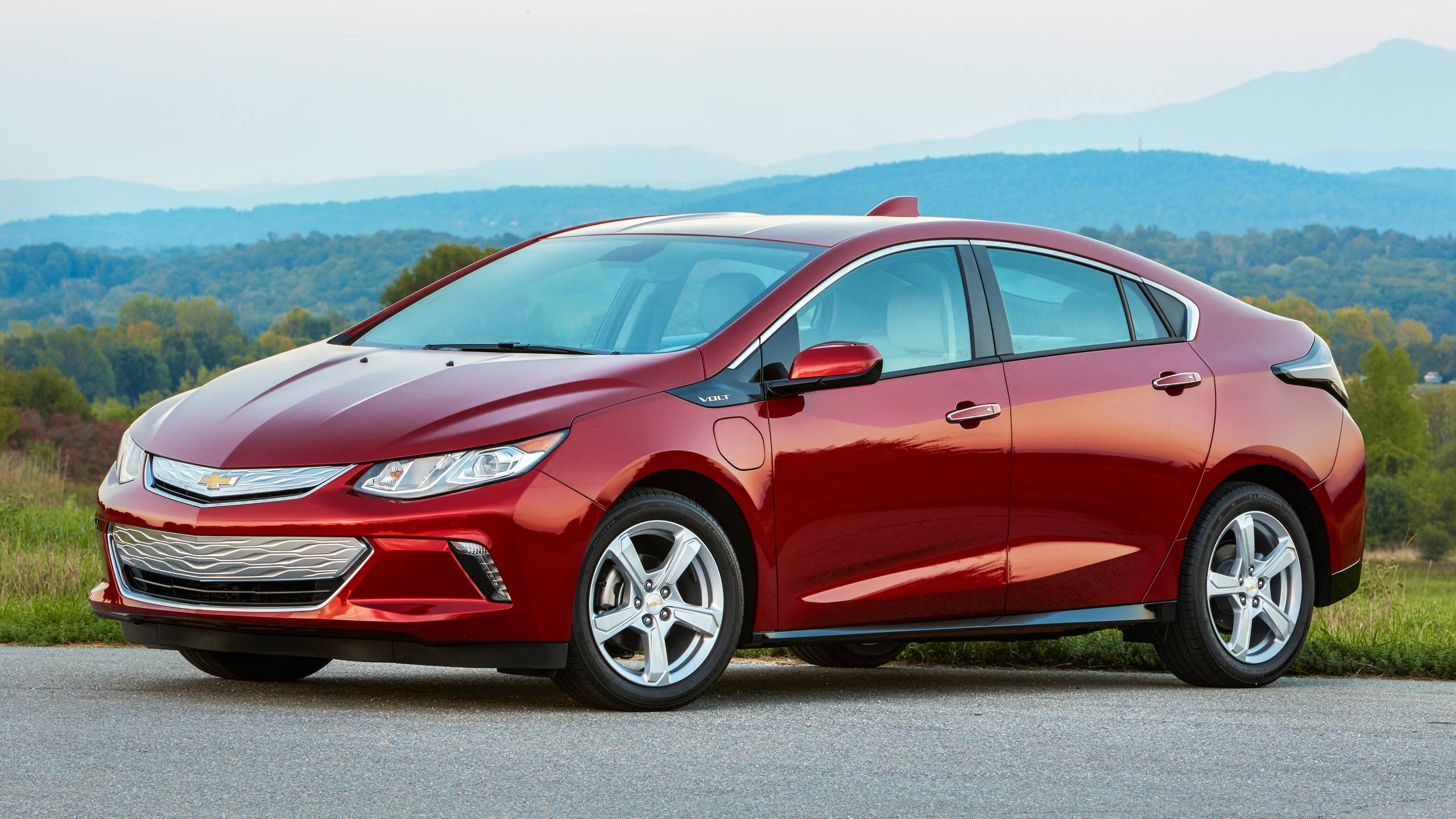 What Killed The Chevrolet Volt? 6 Plausible Factors (And A 2022 Chevy Volt Transmission, Tires, Used