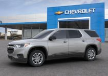 2022 Chevy Traverse Engine Oil, Floor Mats, Front Grill