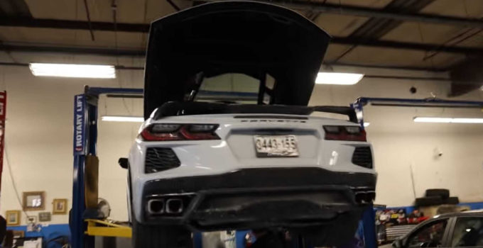 2022 Chevy Corvette Oil Change, Pictures, Performance